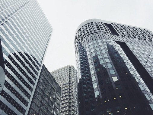 commercial property lawyers business coneyancing purchase real estate paying gst contract