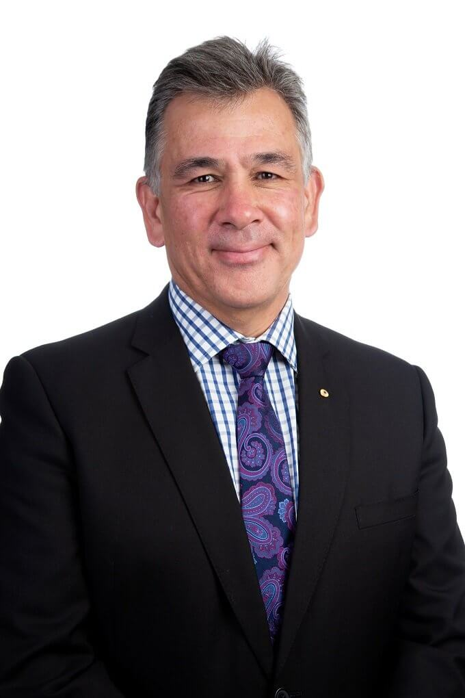 Glenn Ferguson AM Accredited Specialist Immigration Lawyer Notary Public Business Lawyer Commercial Litigation Queensland